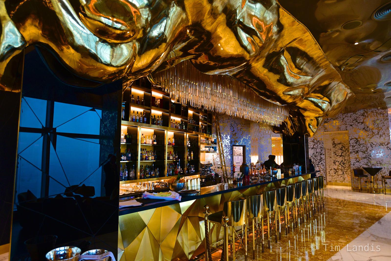 27 karat with Crystals, 27 karat bar, Burj al Arab, golden bar, photo