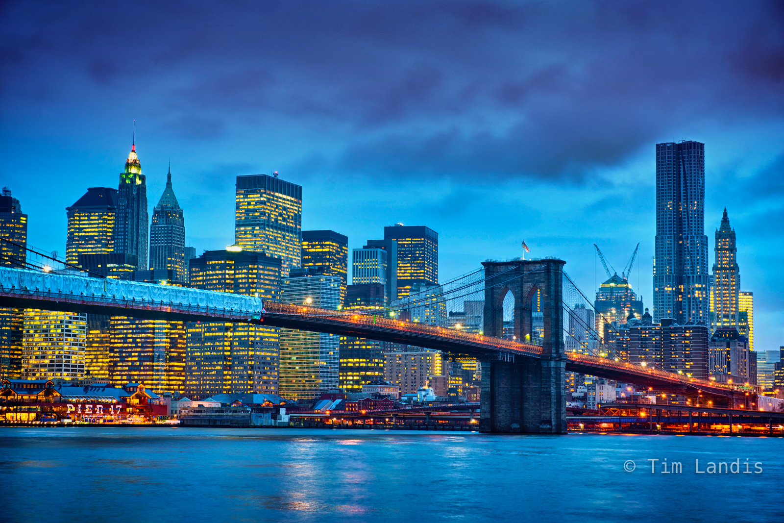 Brooklyn bridge, south Manhattan, photo