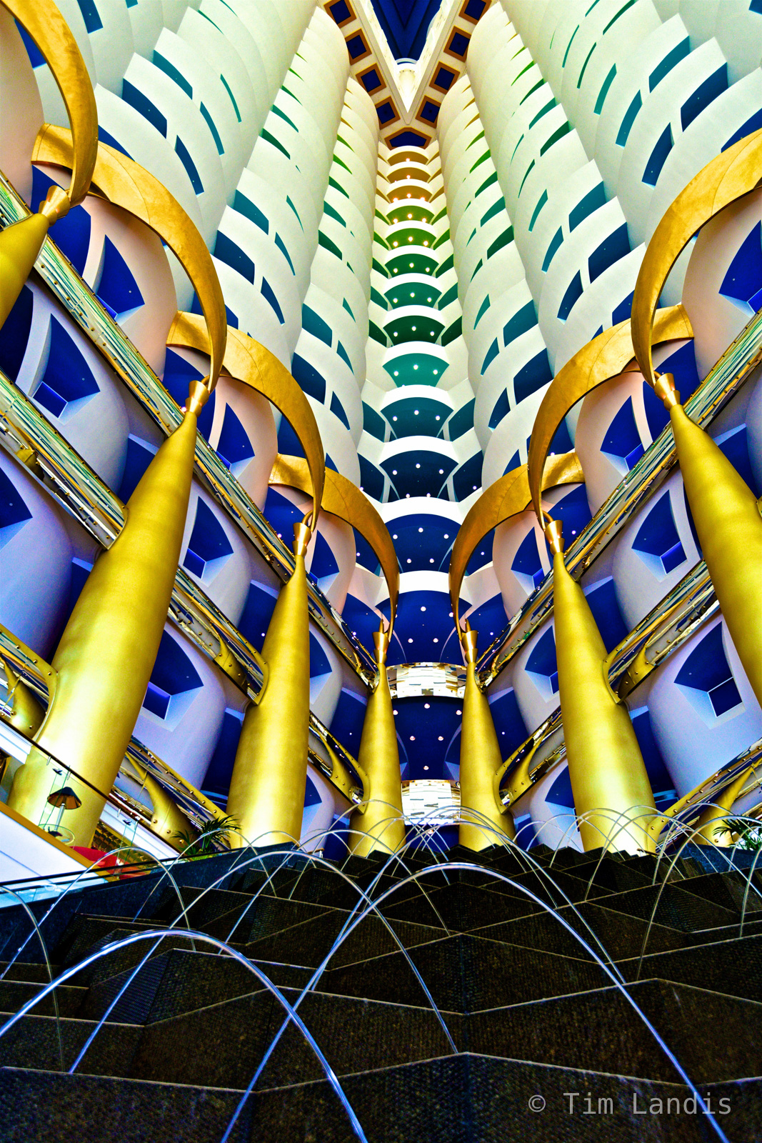 Dubai, lobby of the 7 star hotel, photo