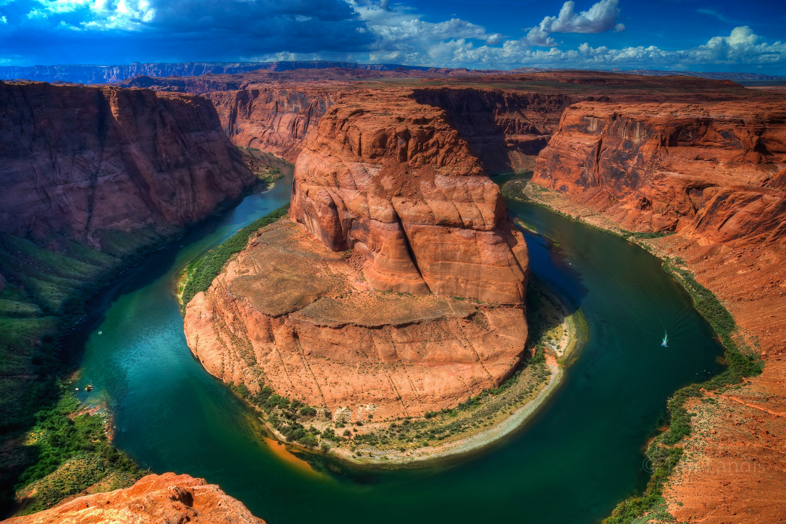 Colorado River, horse shoe bend, u turn river, photo