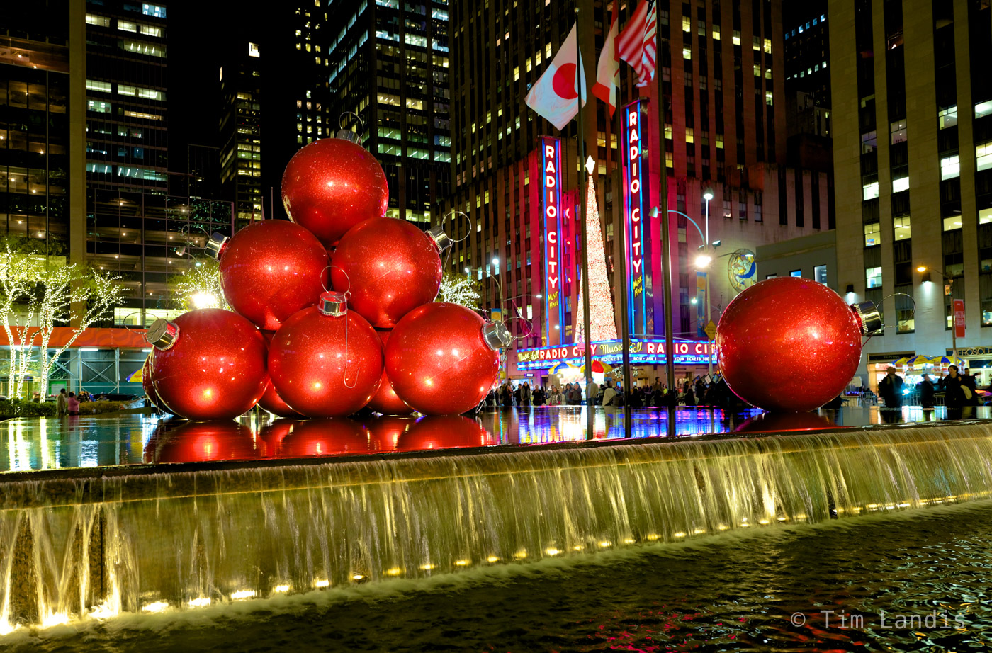 giant Christmas ornaments, photo